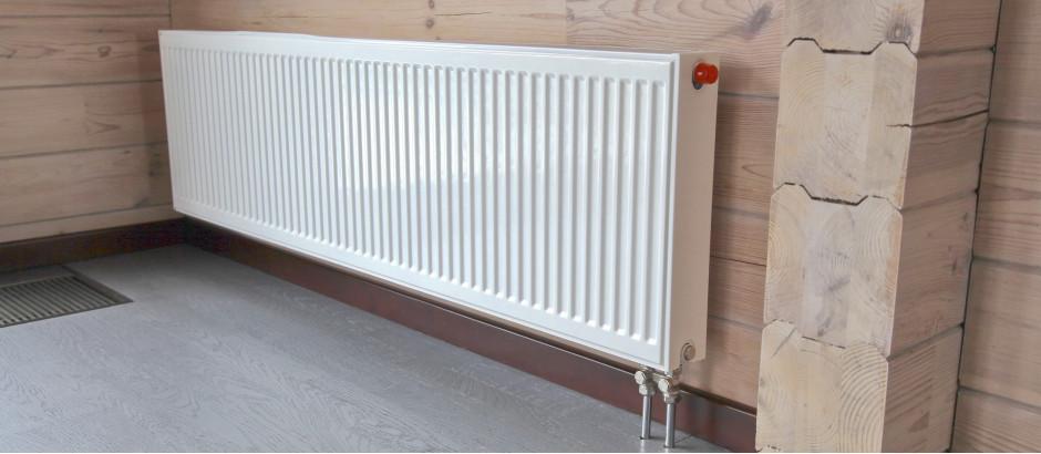 Монтаж радиаторов KORADO VK 22 500 1800 в загородном доме